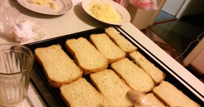 Что можно сделать, когда хлеб совсем засох