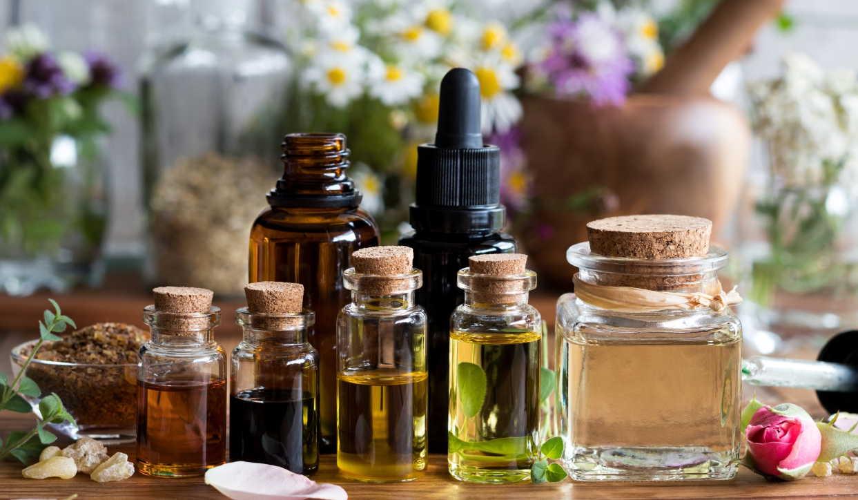 7 масел, которые помогут бороться с целлюлитом: красивая кожа в 35+