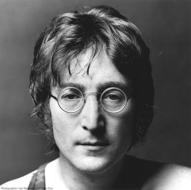 1. Джон Леннон знаменитость, усыновление