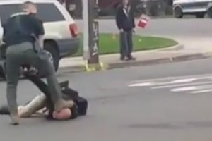 Innocent Man Asks Cop Nicely to Move, Cops Beat Him and Stomp His Head
