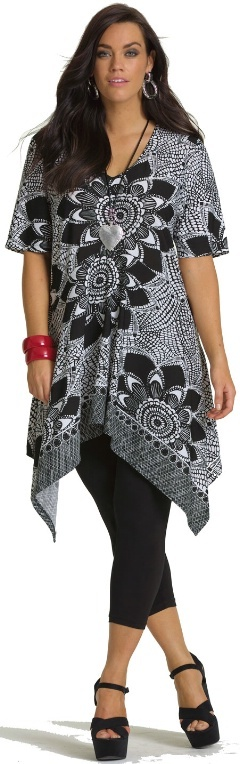 FLOWER BORDER TUNIC - Tops - My Size, Plus Sized Women's Fashion & Clothing
