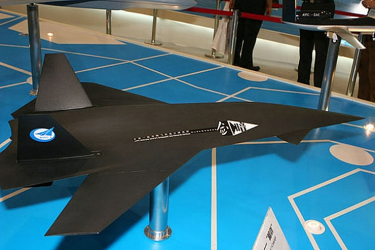 Китай первым в мире создаст сверхзвуковой и маневренный беспилотник?