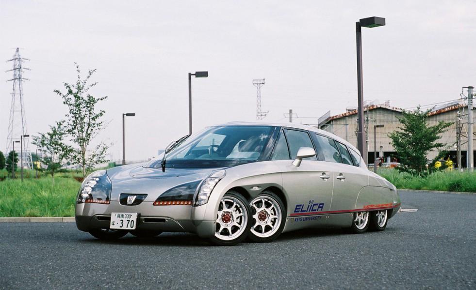 Дизайнерские многоточия: пять впечатляющих многоколесных автомобилей