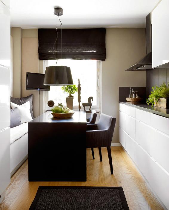 Контрастная черно-белая кухня.