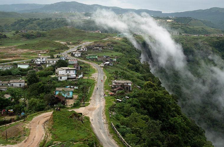 Живые мосты в индийском горо…