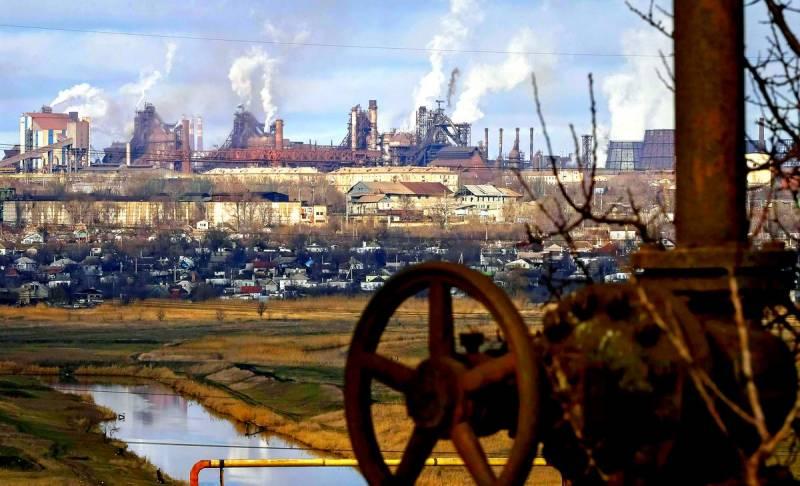 Россия связала по рукам и ногам украинское судоходство на Азове