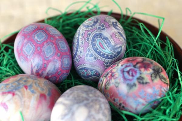 Пасхальные яйца в галстуках