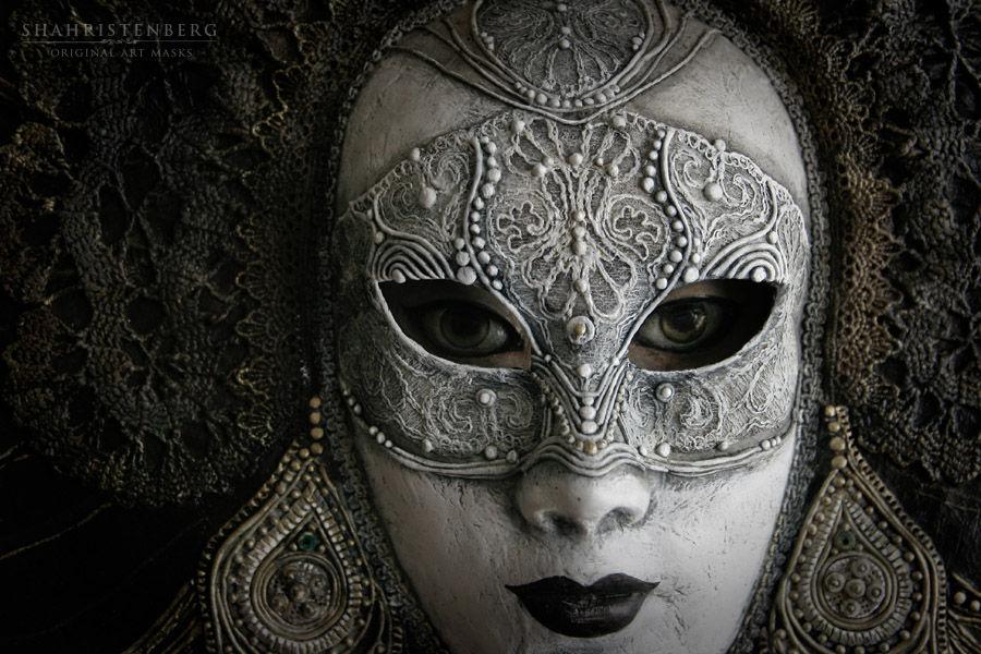 http://cs2.livemaster.ru/storage/06/df/8a0e16209222df553bb6aef940vn--dlya-doma-interera-vremya-interernaya-maska.jpg