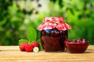 Рецепты из клубники. Необычные заготовки и десерты