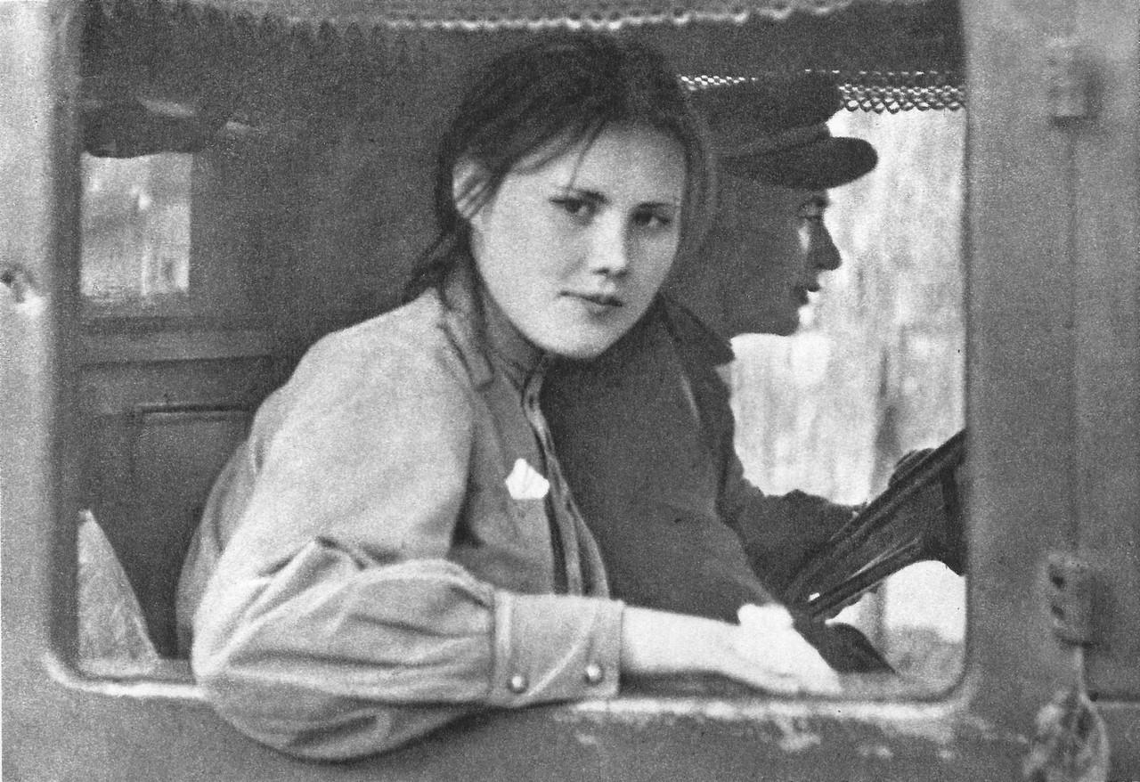 Зверства советских солдат в Чехословакии. 75 фото. Очень рекомендовано к прочтению!