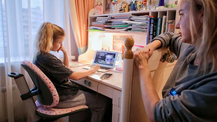 Цифровое образование атакует: Здоровье большинства русских детей в опасности