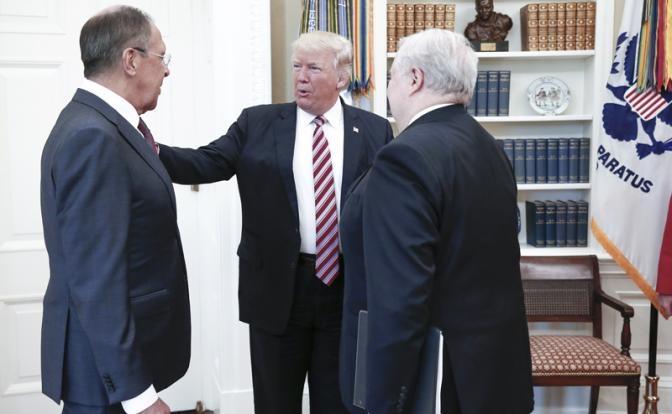 """Американское издание: """"Трамп слил Кремлю секретные сведения"""""""