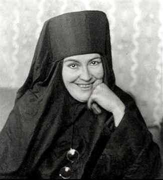 Мать Мария. О Кузьминой Караваевой
