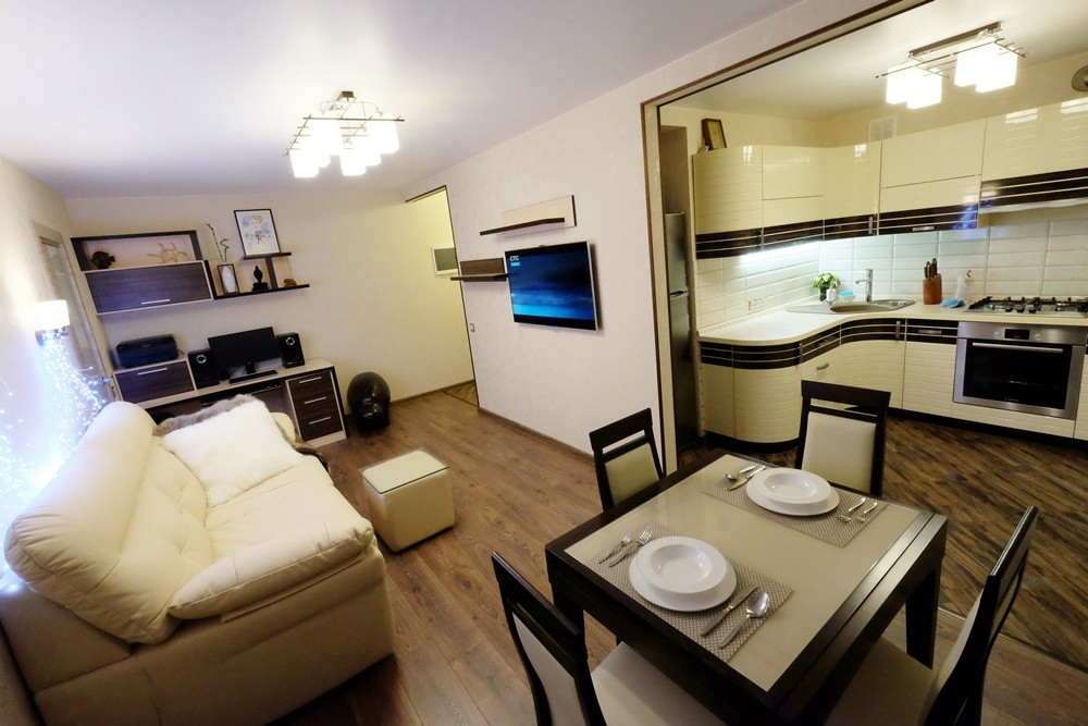 Дизайн кухни 4.5 кв.м в хрущевке фото с холодильником