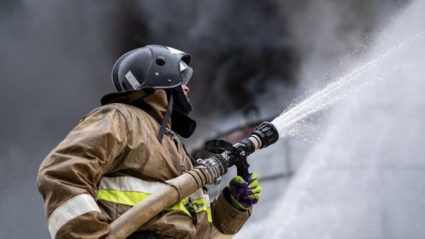 Неизвестные подожгли десятки автомобилей в ряде городов Швеции
