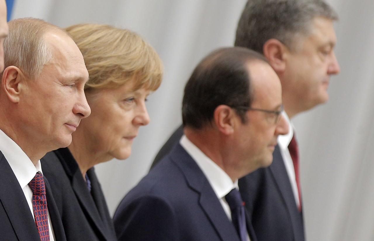 Странности «нормандской четверки»: Порошенко толкнули на политическое самоубийство