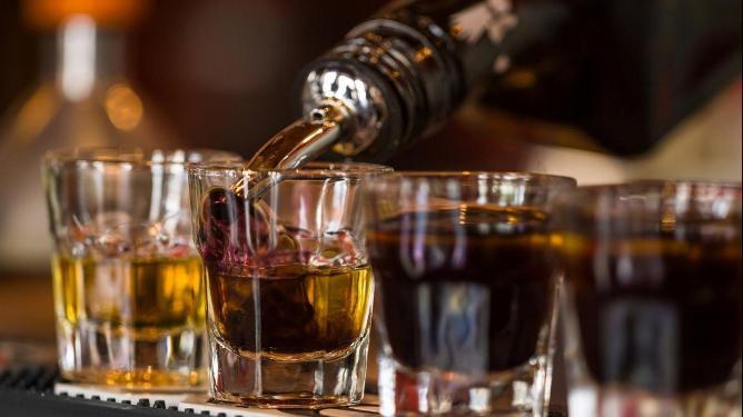 Названы самые пьющие страны мира
