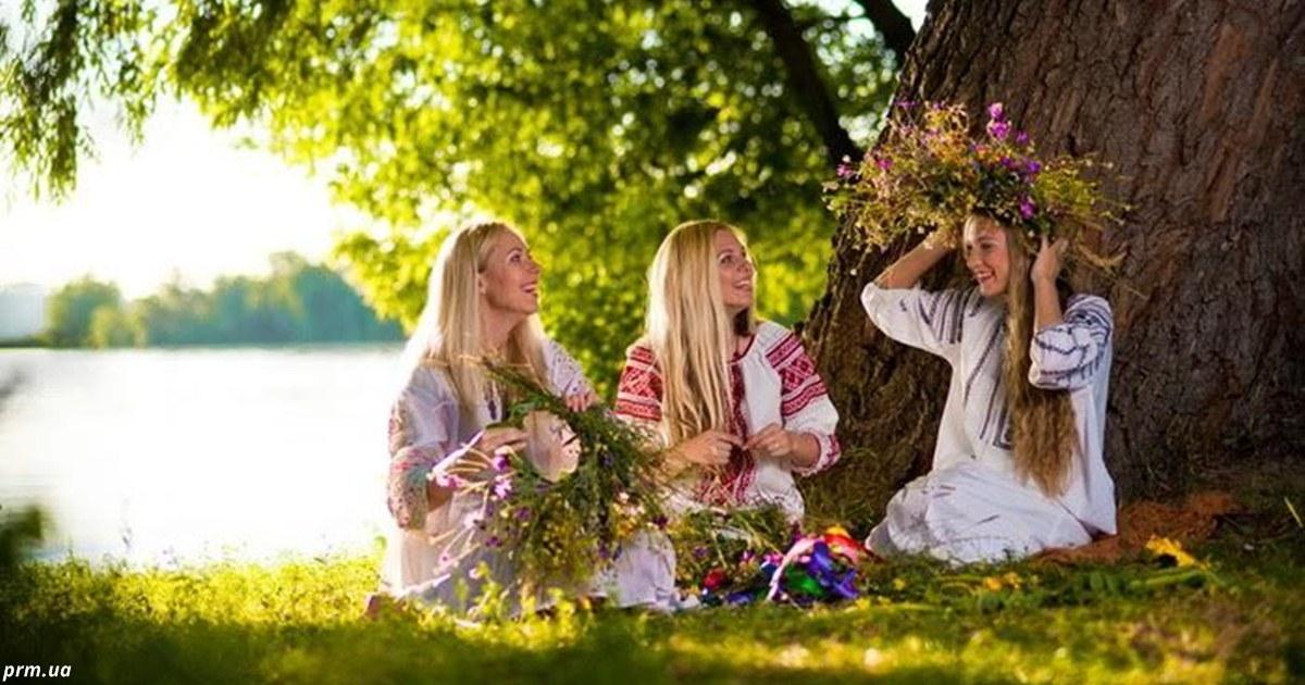 3 вещи, которая каждая женщина должна сделать на Троицу — в воскресенье