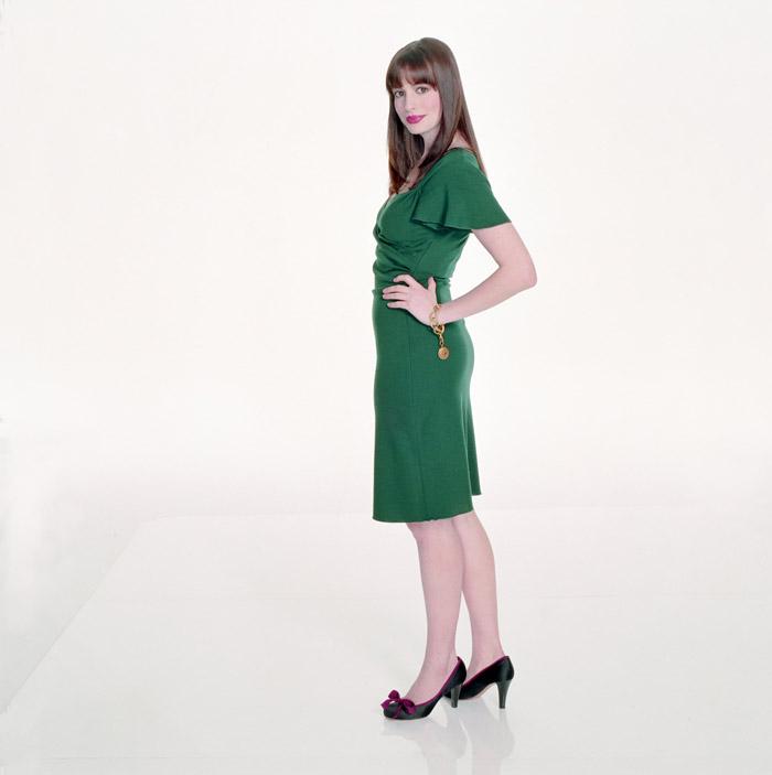 Энн Хэтэуэй (Anne Hathaway) в фотосессии для фильма Devil Wears Prada (2006), фото 4