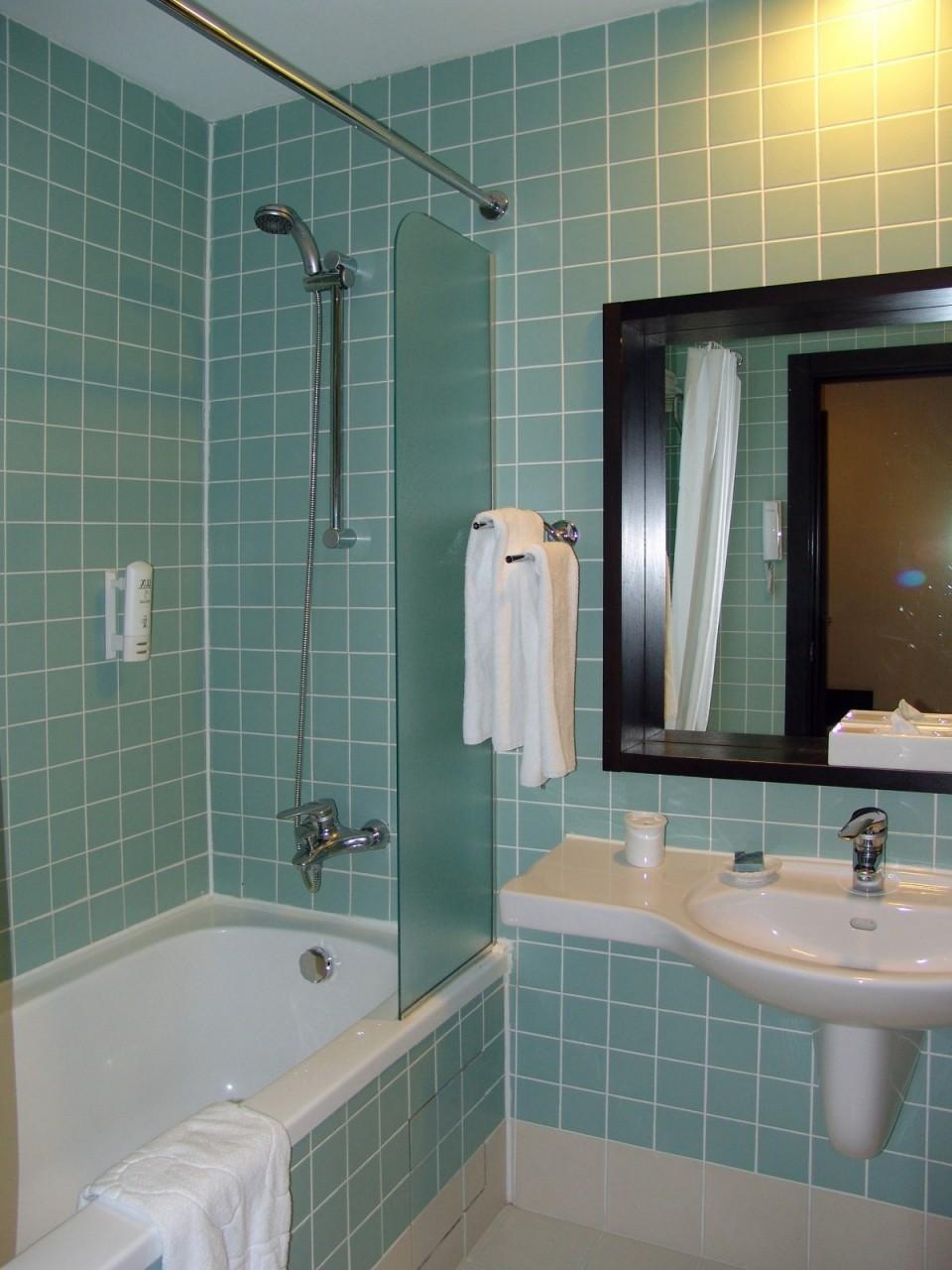 Сосут в ванной фото 1 фотография