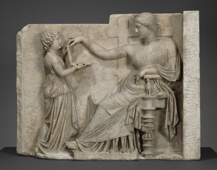статуя с ноутбуком, древнегреческая статуя с ноутбуком