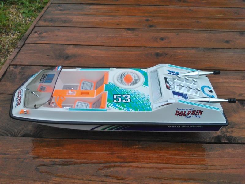 Недавно нашел у родственника 2 коробки   Пожарный катер, дельфин, модель