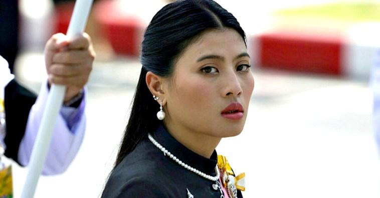 15 очень стильных образов принцессы Сириваннавари из Таиланда