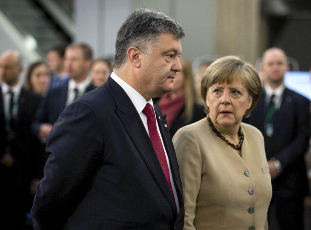 Меркель, введи войска!