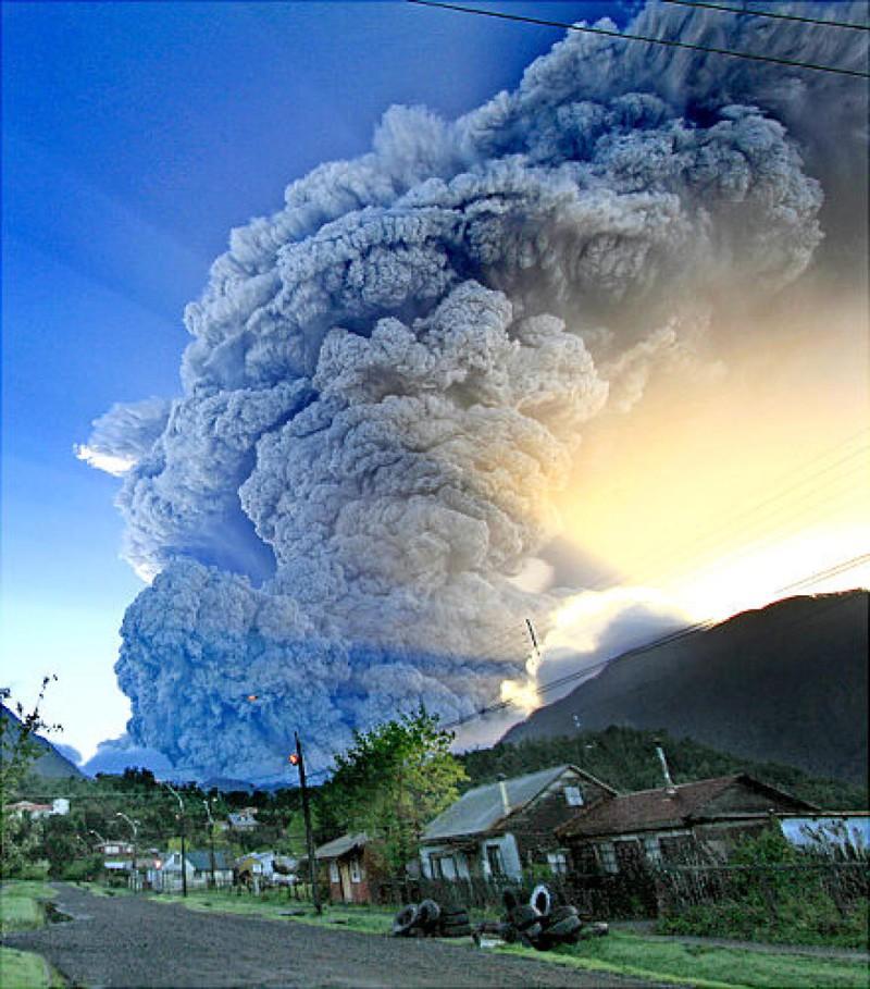 21. Извержение вулкана Чайтен в Чили, 2008 год. наш мир, удивительные фотографии