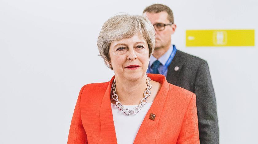 Тереза Мэй отказалась от сделки с Евросоюзом