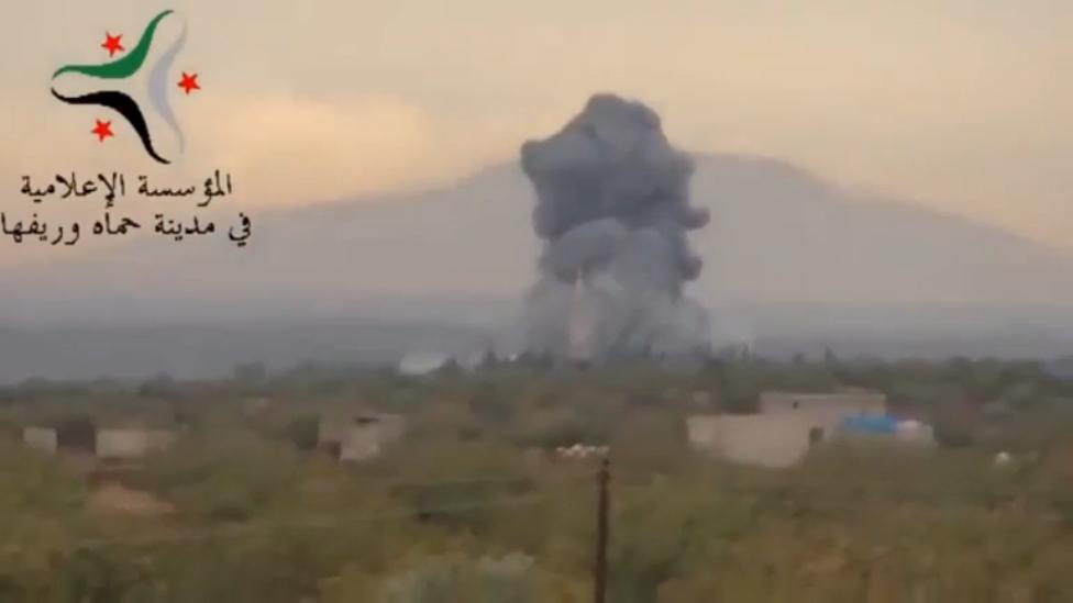 03.11.15 Су-34 сбросил мощную авиационную бомбу КАБ-1500 по позициям ИГИЛ в пров. Хомс.