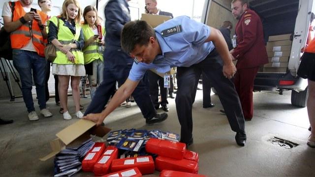 Spiegel: Российские пограничники «отняли» еду у немецких гонщиков