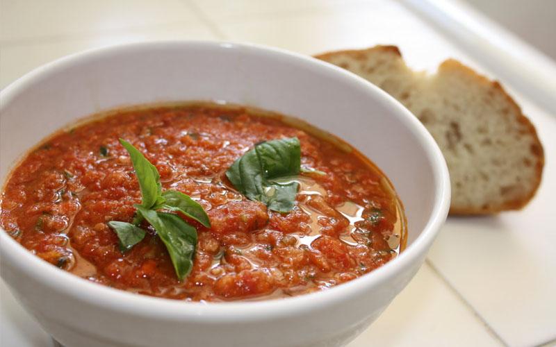 Роскошный томатный суп «Pappa al pomodoro»- любимое блюдо Софи Лорен