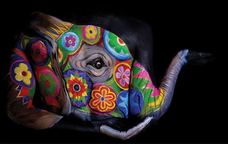 9. Мандала боди-арт, художник, человек-змея