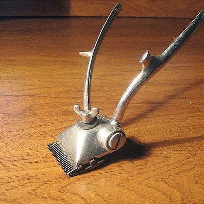 2. Дедовская ручная машинка для стрижки волос. Жуткий аппарат. Это для настоящих мужиков!   вещи, ссср