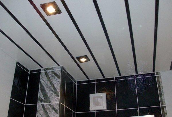 Пластиковый потолок в туалете своими руками 83