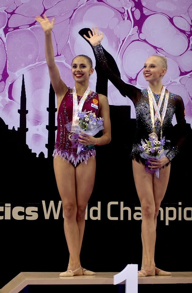 Российский триумф: лучшие кадры самого женственного вида спорта
