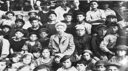 Почему забыт гений педагогики Антон Макаренко?