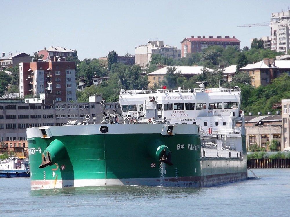 Экипаж российского судна, задержанного в Херсоне, пресек третью попытку украинцев проникнуть на борт