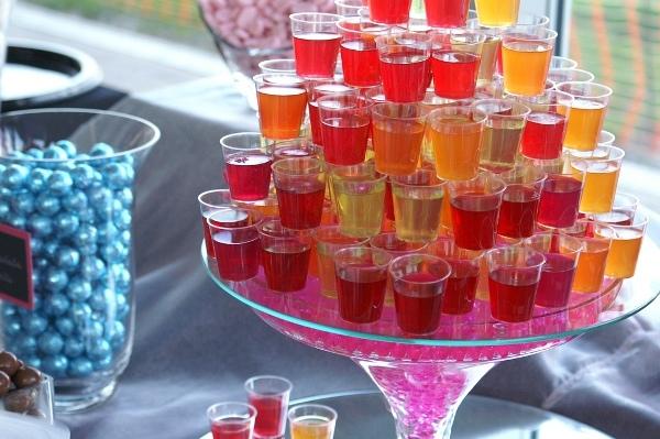 Алкогольное желе – нестандартный десерт для вечеринки