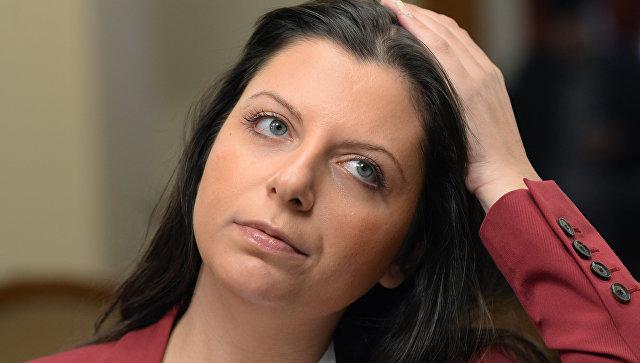 Симоньян ответила на обвинения Макрона в адрес Sputnik и RT