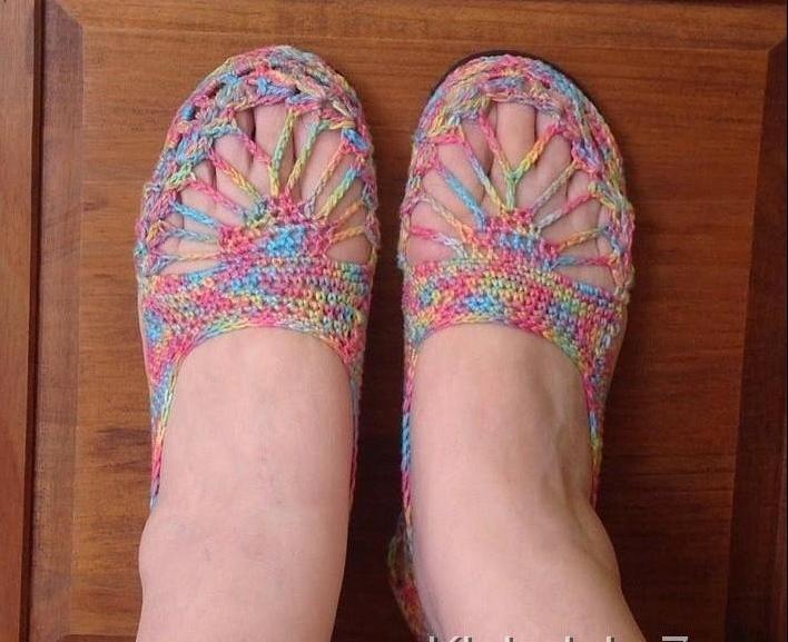 Вязаные ажурные туфельки. МК + схема