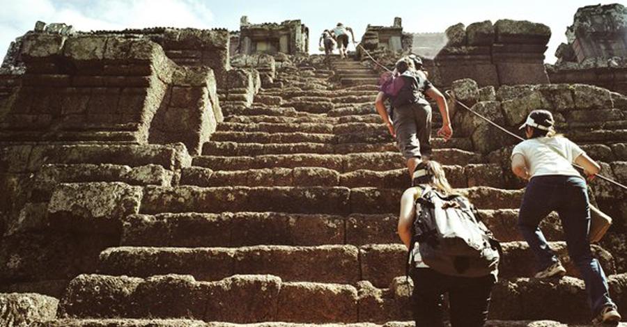 Самые впечатляющие лестницы мира