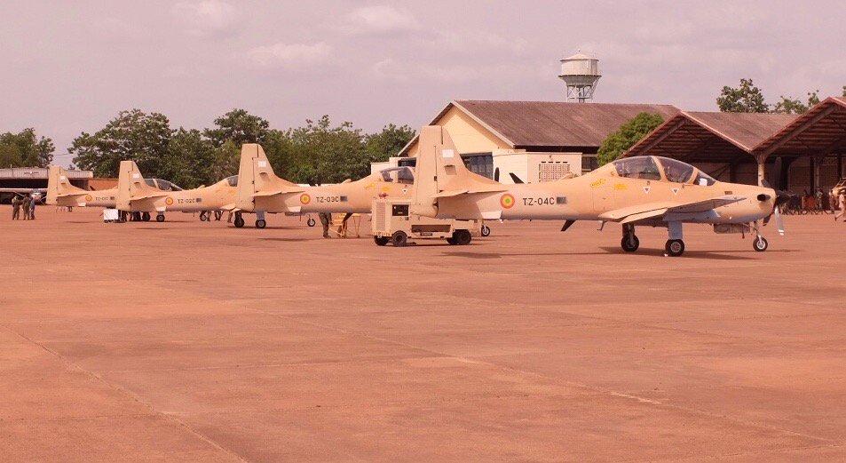 ВВС Мали получили четыре учебно-боевых самолета Super Tucano