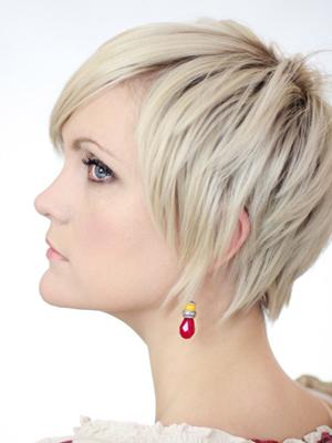 модные стрижки на тонкие волосы фото