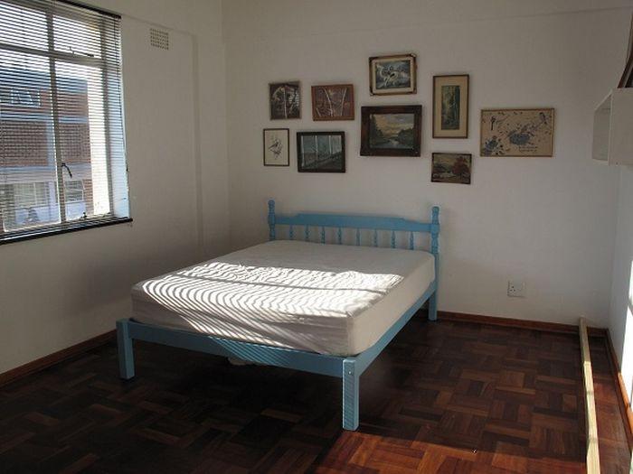 Потрясающий пример для ремонта! А раньше в этой комнате помещалась только кровать...