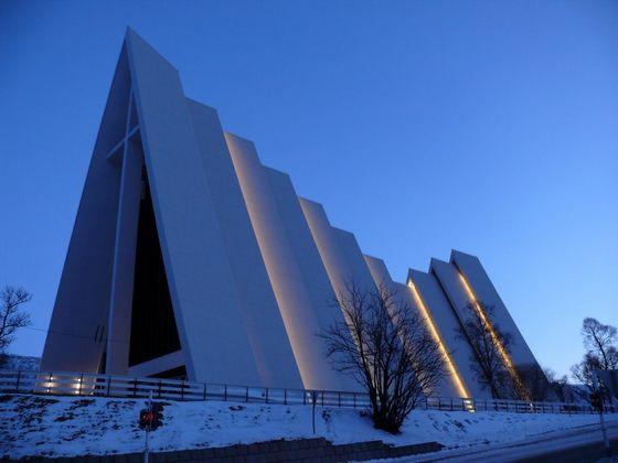 Лютеранский арктический собор (Норвегия) красиво. необычно, храм. мир
