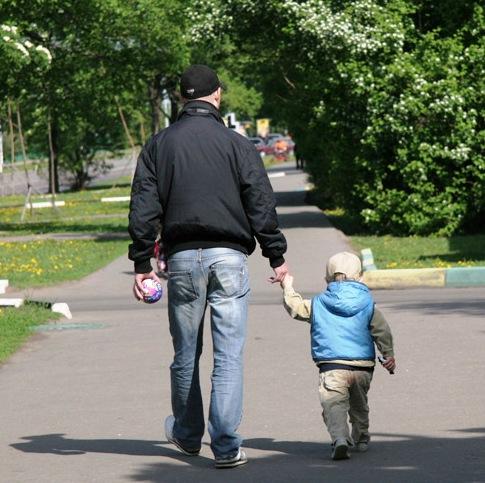 Мини-история одного мужа и отца. А вы как считаете: стоит ли сохранять брак ради ребенка?