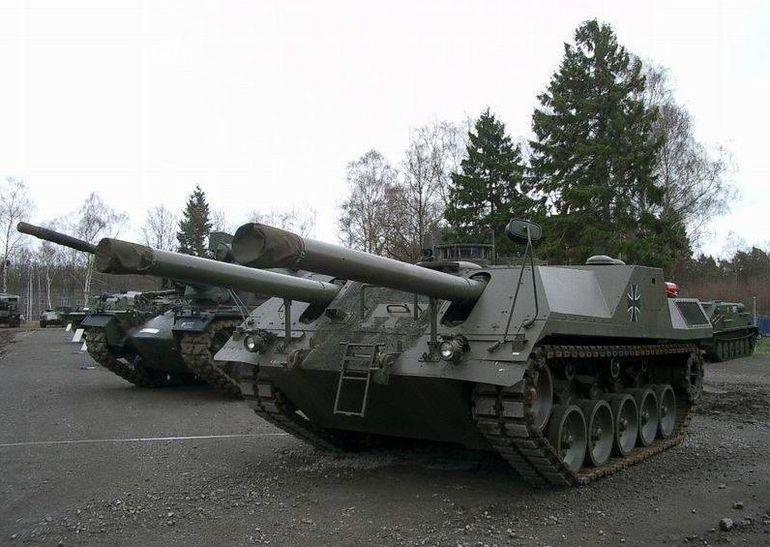 Двухпушечный безбашенный танк VT1 (Леопард 3)