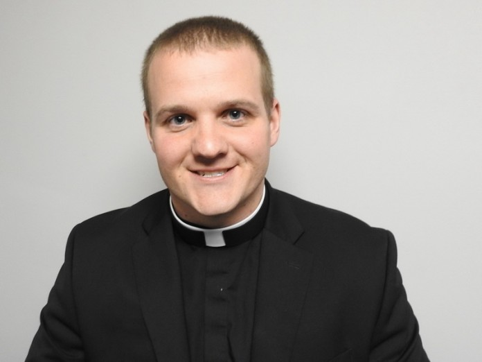 Смешная история о честном священнике